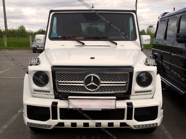 Аренда  Mercedes G-klasse White New с водителем в Минске