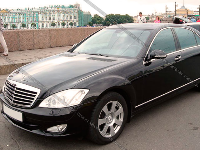 Аренда Mercedes W221 Stock Black Long с водителем в Минске