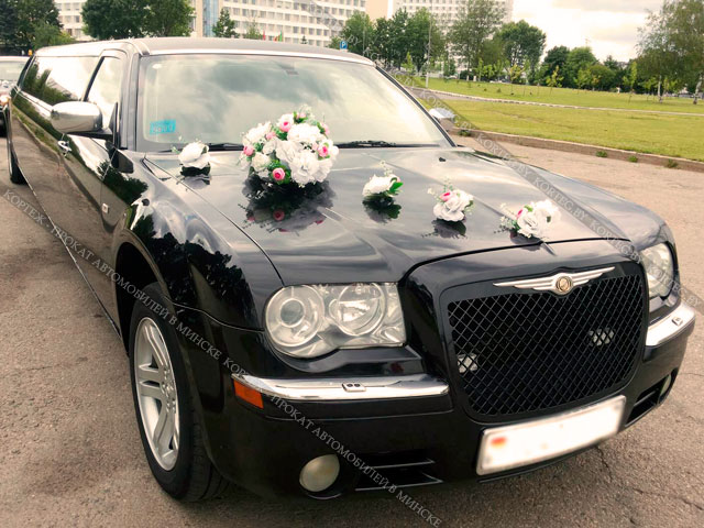 Аренда Chrysler 300C Black с водителем в Минске