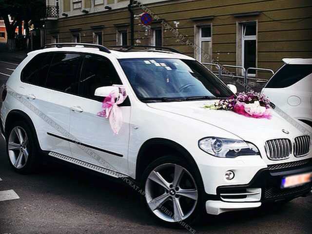 Аренда BMW X5 E70 Restyling White с водителем в Минске