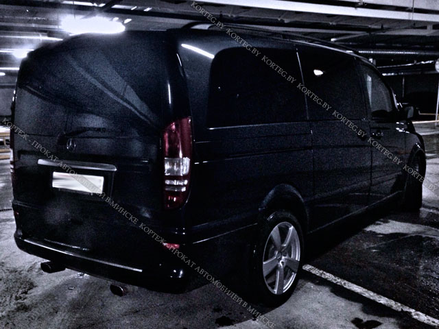 Аренда Mercedes Viano Black LUX с водителем в Минске