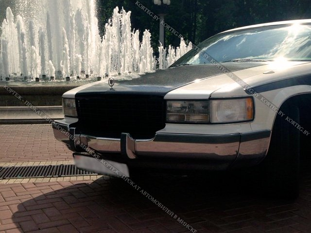 Аренда Cadillac Fleetwood Exclusive VIP retro с водителем в Минске